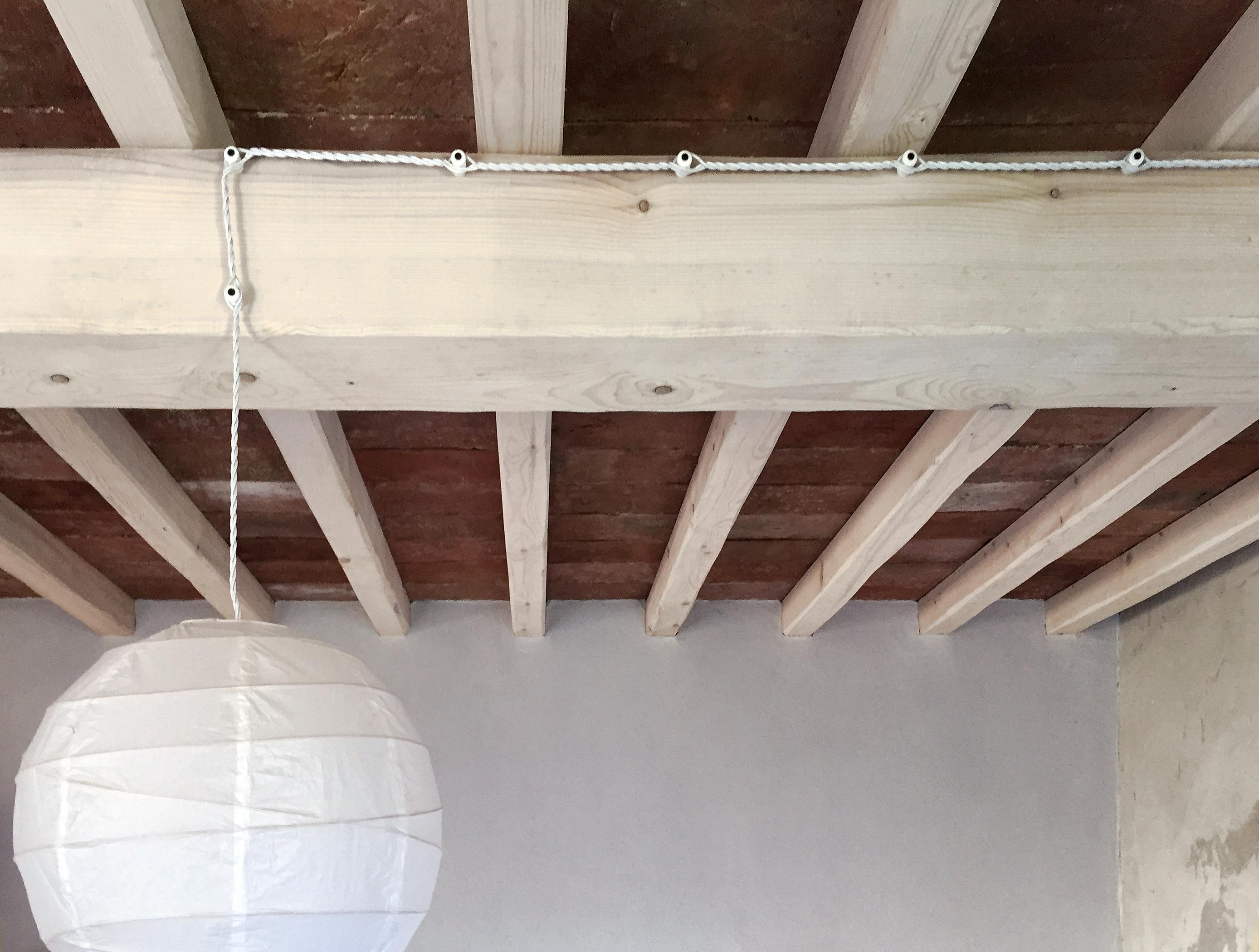 Plafoniere Per Tettoie In Legno : Impianto di illuminazione veranda u il forum electroyou